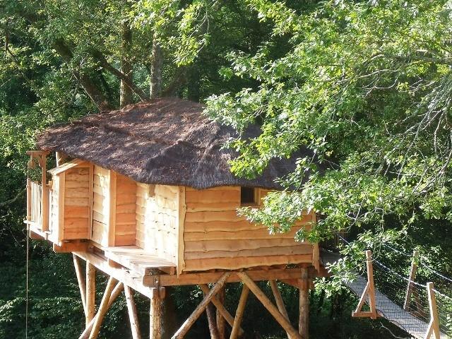 Cabane de charme 64. Case du ruisseau le matin